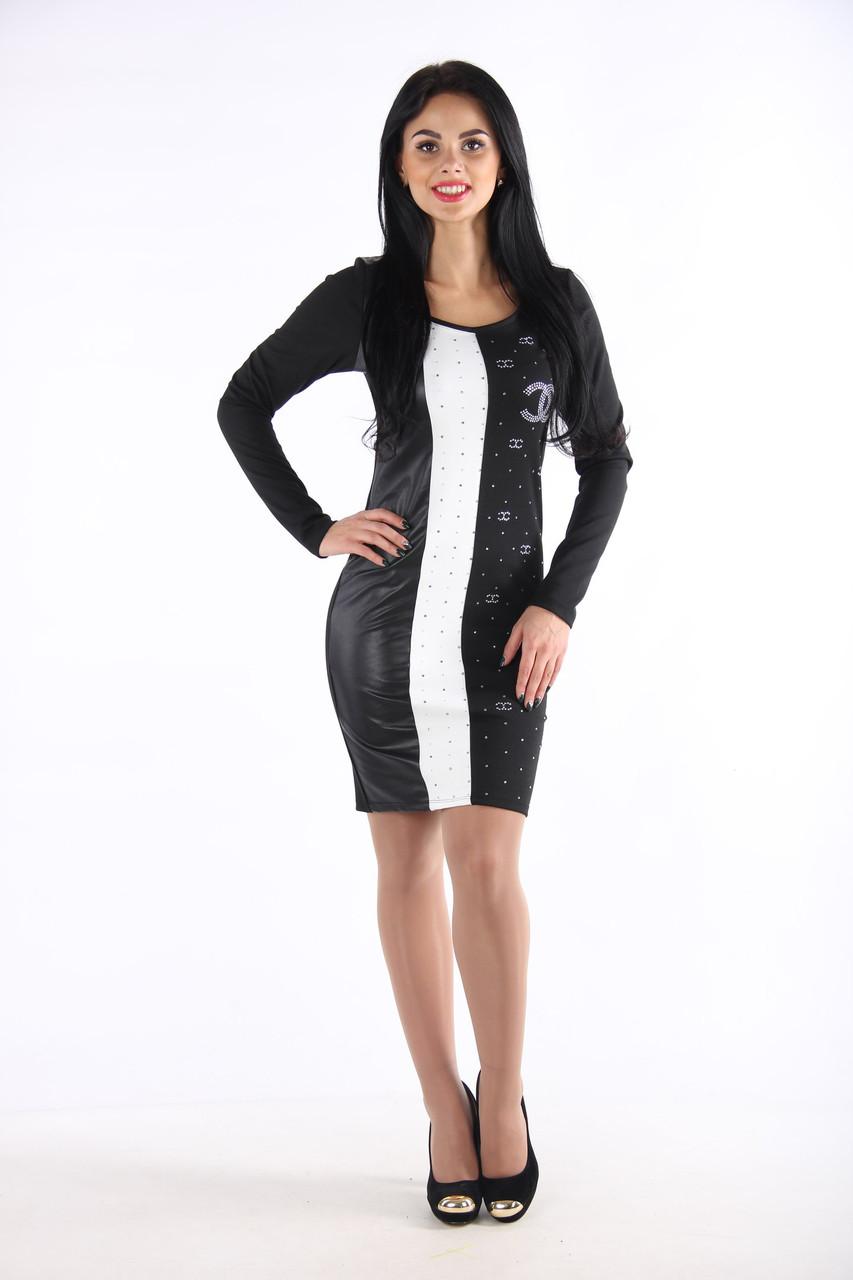Трикотажное женское платье в полоску