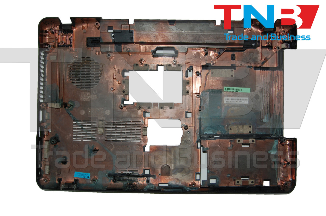 Ноутбук TOSHIBA C660-1TM Нижняя крышка