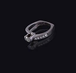 Жіноче кільце з білого золота з діамантами С25Л1№9