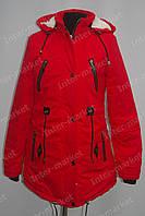 Женская зимняя куртка коттоновая с капюшоном красная