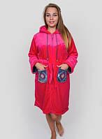 Махровый женский халат с ромбами на карманах