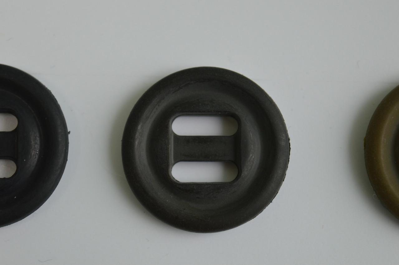 Чорна ґудзик пришивная термостійка діаметр 2.8 см