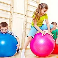 Групповые занятия лечебной физкультурой для детей