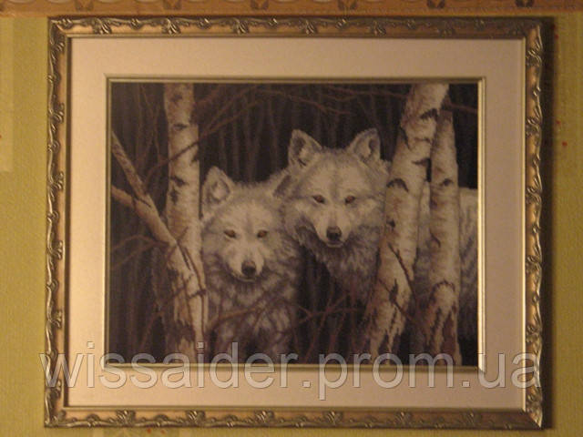 """Картина """"Волк и волчица"""" (вышита крестиком)"""