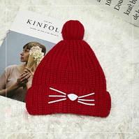 Женская теплая вязаная шапка с бубоном (помпоном) Кошечка красная, фото 1