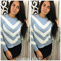 Очень мягкий и теплый свитер ангора голубой