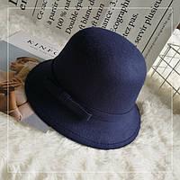 Шляпа женская фетровая котелок с бантиком и полями темно синяя