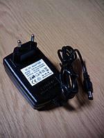 Блок питания импульсный 5V 3A штекер 5.5х2.1 в наличии