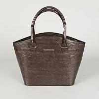Фигурная серая лаковая сумка корзина