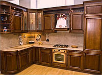 Кухня с фасадами Черешня