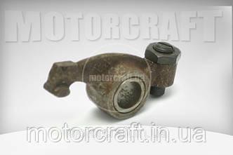 Коромисло клапанів YK R-190/195 (пара)