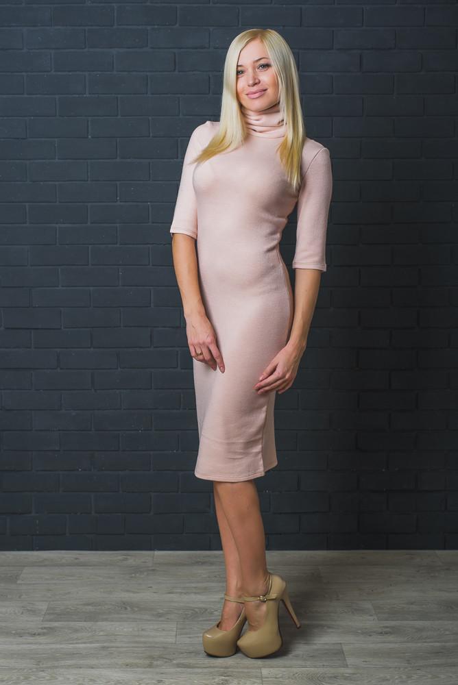 Стильное платье шерсть бежевое