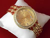 Женские часы Michael Kors кварцевые золото по браслету и вокруг корпуса расположены стразы