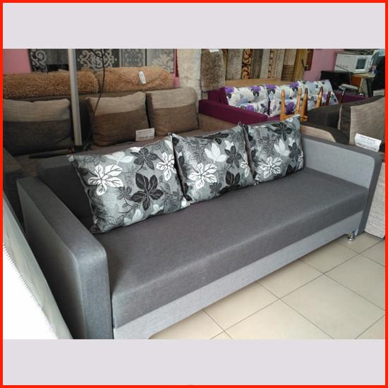 Диван  с подушками Лаванда