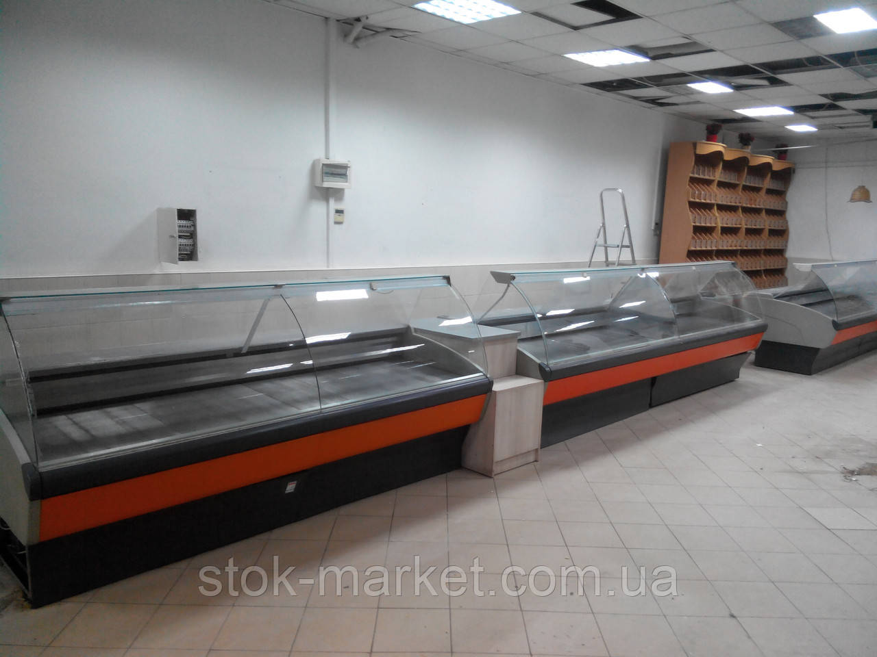 Холодильна вітрина Banco Astra Statico G. I. L.-385