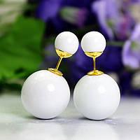 Серьги шарики белые