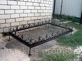 Оградка для могилы кованая