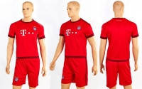 Детская футбольная форма Bayern Munchen  домашняя  р-р S-XL