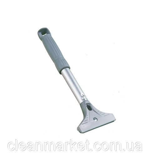 Металлический скребок с резиновой ручкой для чистки пола
