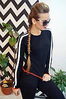 Модный, женский свитер в спортивном стиле