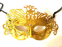 Карнавальная маска золотистая