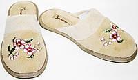 """Тапочки женские Sanipur KSGR 026 песочные, велюр, шлепанцы, плоская подошва, вышивка """"цветок"""", полоска."""