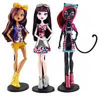 Monster High Клодин Вульф, Дракулаура, Кэтти Нуар из серии Бу Йорк Boo York 3-Pack Clawdeen Wolf, Draculaura, Catty Noir