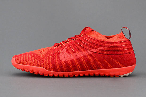 Кроссовки Nike Free Run Hyperfuse
