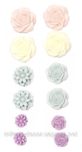 Набор самоклеющих объёмных цветов