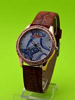 """Женские наручные часы на коричневом кожаном ремешке """"Голубая поляна"""""""