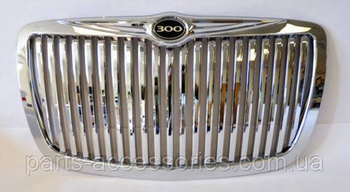 Вертикальная решетка радиатора Chrysler 300 300C 2005-2010 новая