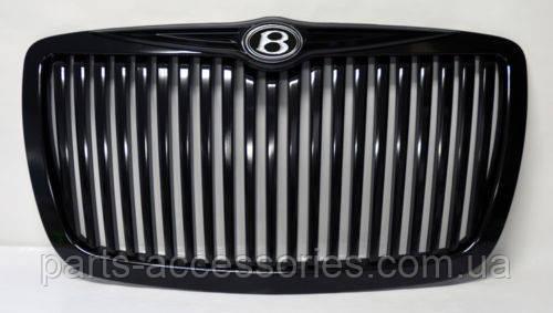 Решетка радиатора Chrysler 300 300C 2005-10 черная глянцевая вертикальная эмблема Bentley