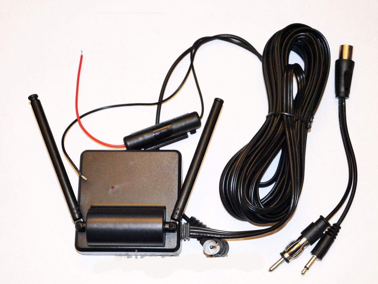 Универсальная автомобильная антенна TV/FM/UHF/VHF
