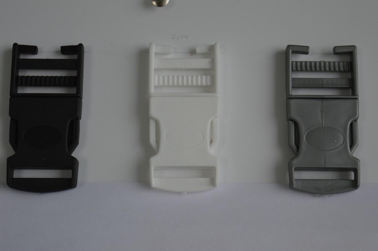 Білий колір карабін фастекс 3см