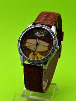 """Женские наручные часы на коричневом кожаном ремешке """"Бежевые сумерки"""""""