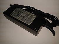 Блок питания ноутбука Samsung 19V 4.74A год гар-и