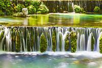 """Фотообои """"Зеленый водопад"""" под индивидуальный размер"""
