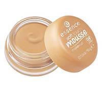 Матирующий тональный мусс Essence Soft Touch Mousse Makeup - 02 matt beige, фото 1