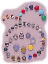 Кнопки в ассортименте
