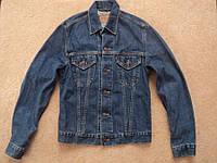 Куртка джинсовая Levis р. M  ( женская ) СОСТ НОВОГО