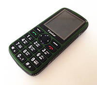 Противоударный телефон (и бабушкофон) G-STAR 008