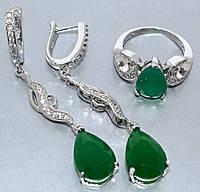 """Набор  """"серьги и кольцо"""",покрытие родием. Камень:белый и зелёный циркон. Высота серьги: 5,5 см Ширина: 10 мм"""
