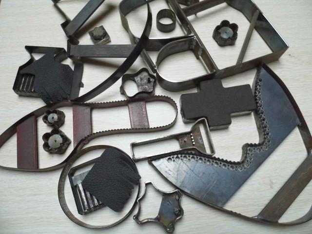 Резаки и ножи для вырубки деталей