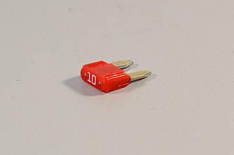 Предохранитель (красный) 10A на Renault — Renault (Оригинал) - 7700410574