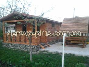 Дерев'яні будинки, будиночки, дачі, господарські будівлі