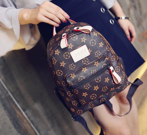 Трендовый коричневый рюкзак в ромбики