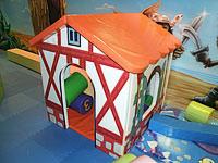 Мягкий небольшой игровой домик с печатью