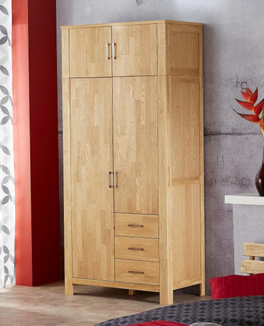Шкаф из массива дерева 048