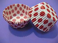 Тарталетки (капсулы) бумажные для кексов, капкейков Белые в красный горох