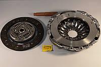 Комплект сцепления на Renault Trafic 2006-> 2.0dCi + 2.5dCi (146 л.с.) — Renault (реставрация) - 7711134977